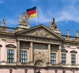 Deutsches_Historisches_Museum_(ehem._Zeughaus)_-_Berlin
