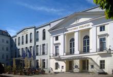 Deutches Theater_ Berlin,_Mitte,_Schumannstrasse_12-13A,_Deutsches_Theater_und_Kammerspiele