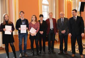 Erste KSL-FreiwilligenPass-Verleihung im Roten Rathaus